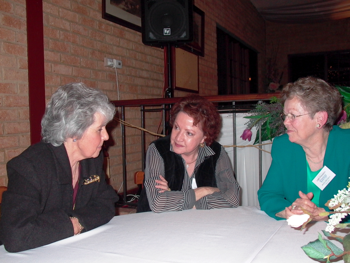 Barb Thompson, Jocelyn Housley & Betty Hocking