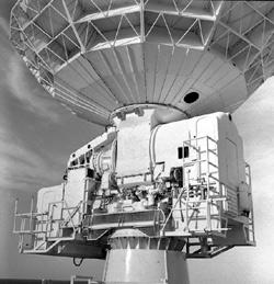 FPQ-6 Antenna Base Photograph - Hamish Lindsay